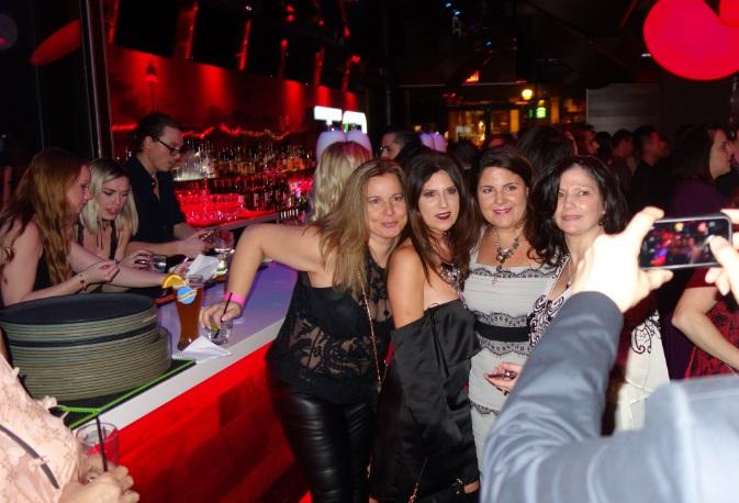girls group shot at SitC NYE 2016 party