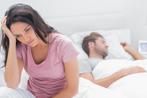 woman thinking about how to save her relationship