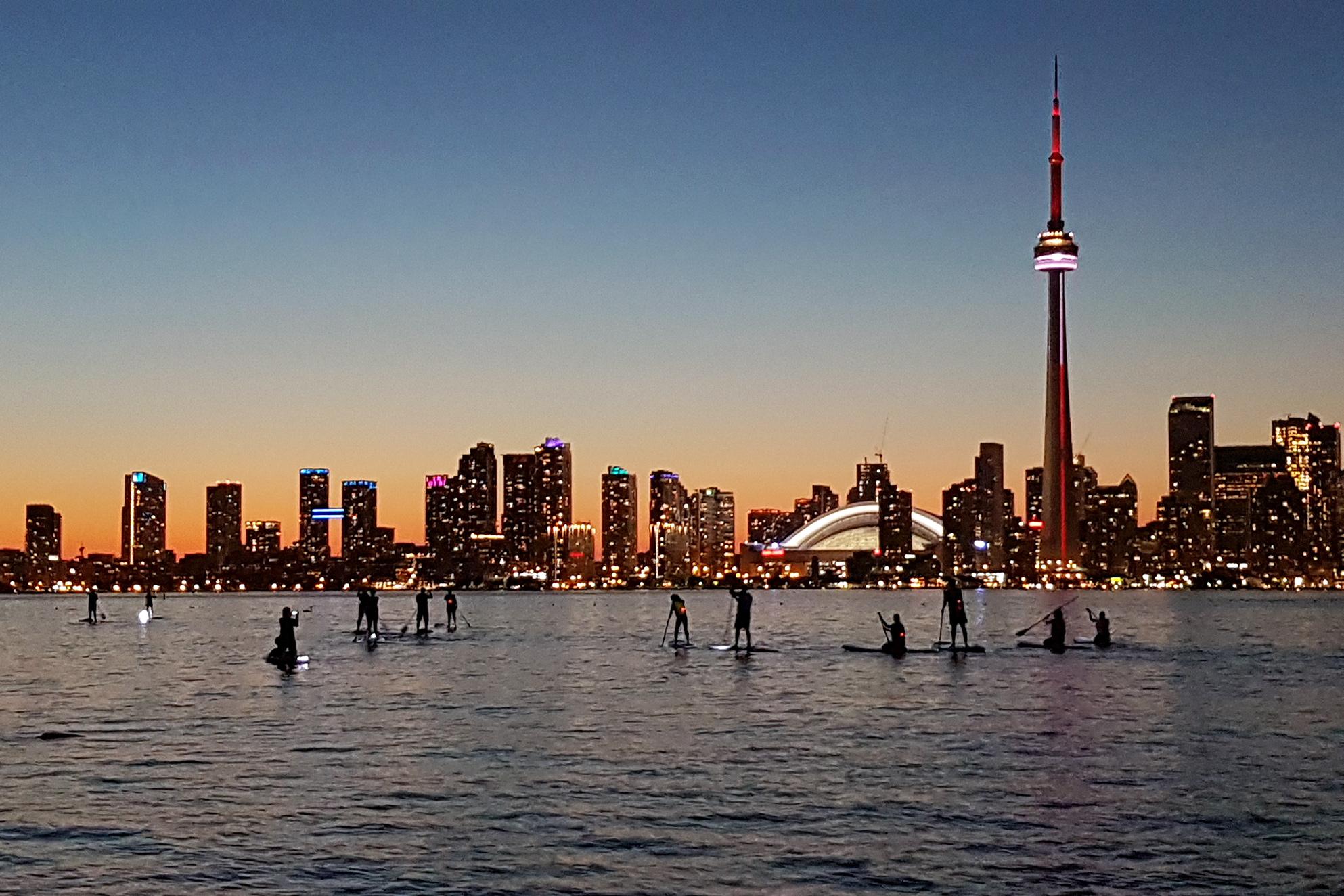 aa-Toronto-Island-Night-Paddleboarding