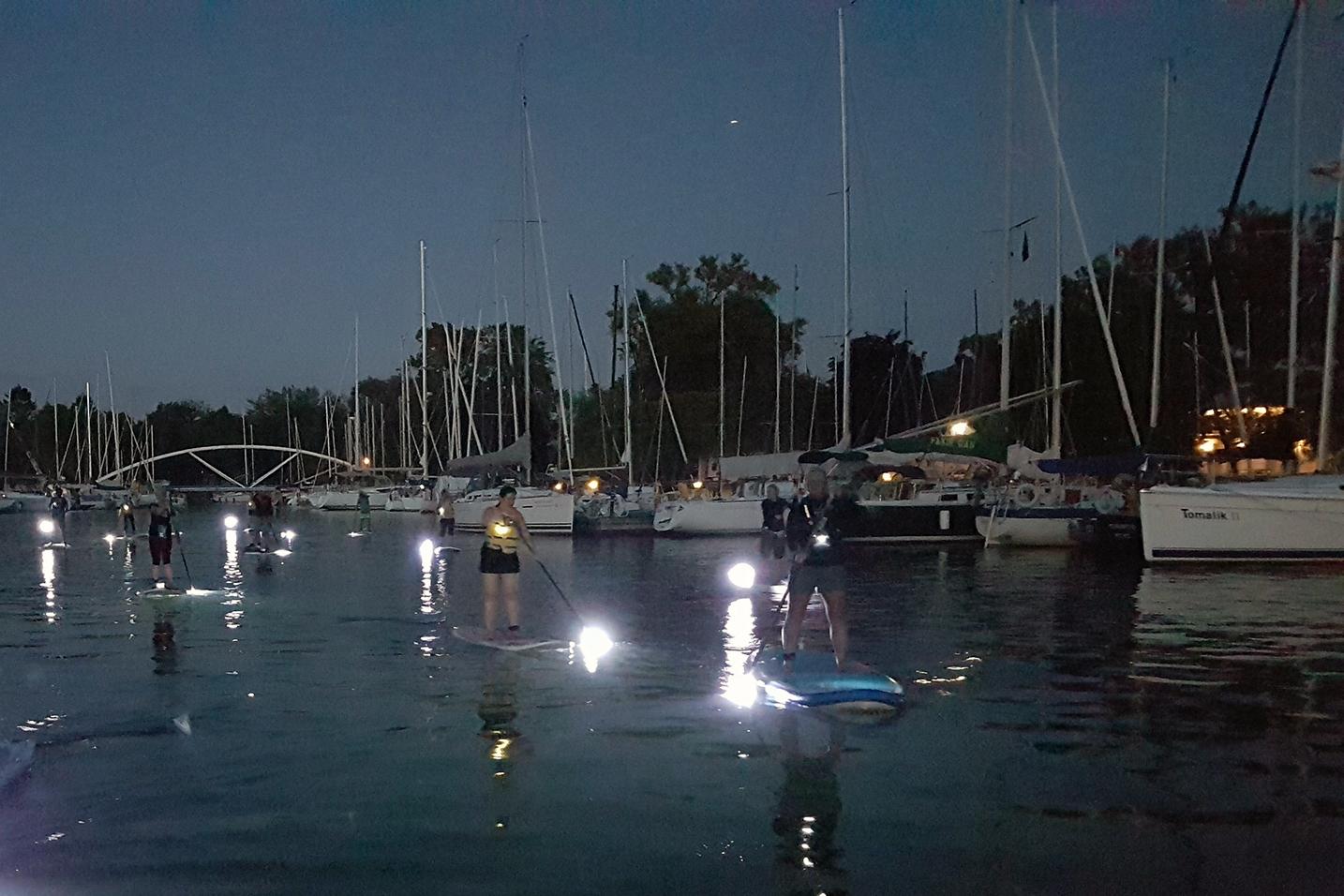 aa-Toronto-Island-Yacht-Clubs-Night-SUP