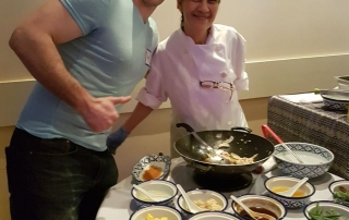singles thai cooking class at bangkok garden